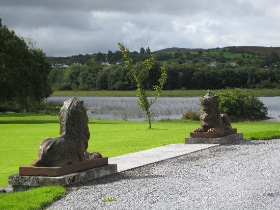Ross Castle: The front Lawn