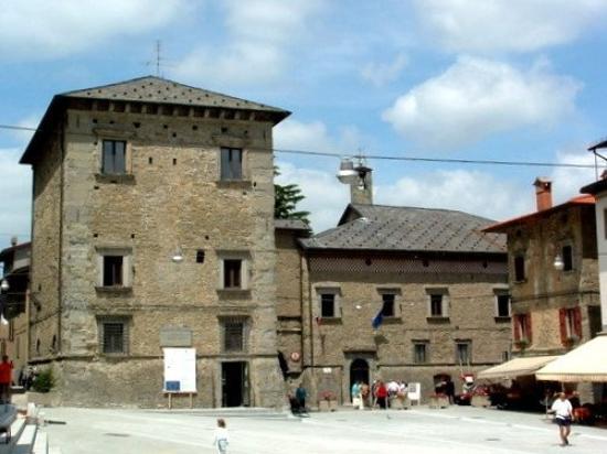 Castiglione dei Pepoli (BO) Palazzo Pepoli