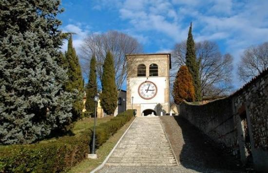 Castiglione delle Stiviere (MN) Il Castello