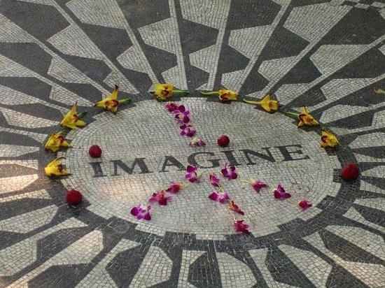 Strawberry Fields, John Lennon Memorial ภาพถ่าย