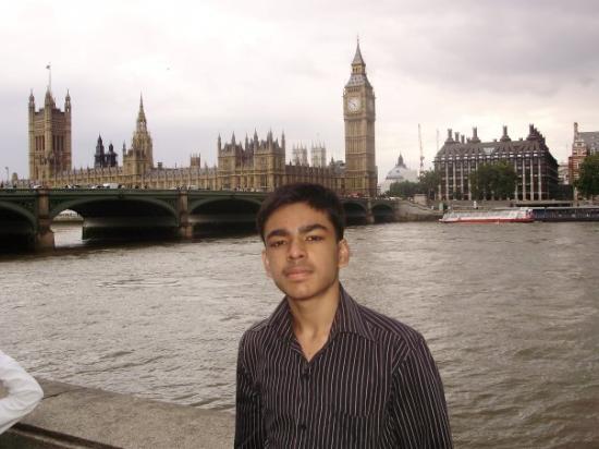 บิ๊กเบ็น: London