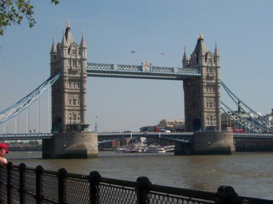 สะพานทาวเวอร์บริดจ์ ภาพถ่าย