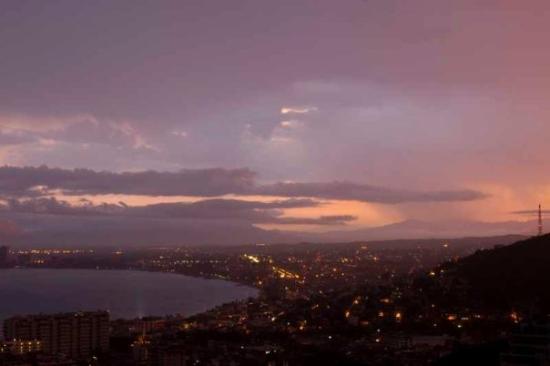 เปอร์โตวัลลาร์ตา, เม็กซิโก: Sunrise. (About 7.30 so I wasn't up that early!)