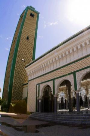 Andalusian Mosque: Minaret Mosquée - Fès