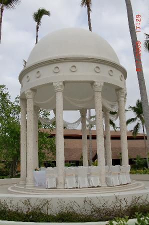 Majestic Elegance Punta Cana: Gazebo set up for a wedding