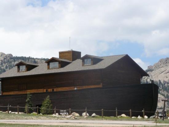 เอสเตสพาร์ค, โคโลราโด: Proof that Noahs ark exists.