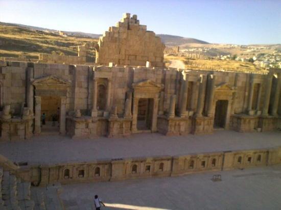Jerash, จอร์แดน: The southern Theater