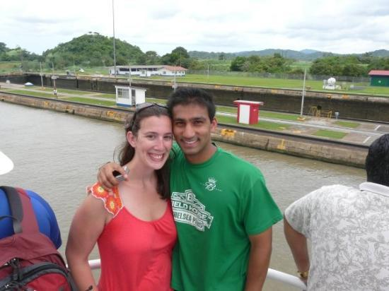 คลองปานามา: Sunny andme at the second set of locks we went through on the Panama Canal.