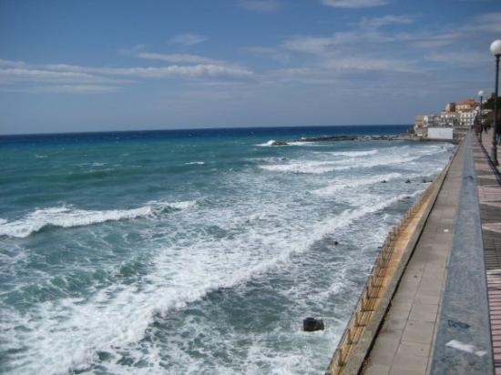 Diamante, อิตาลี: waves 1