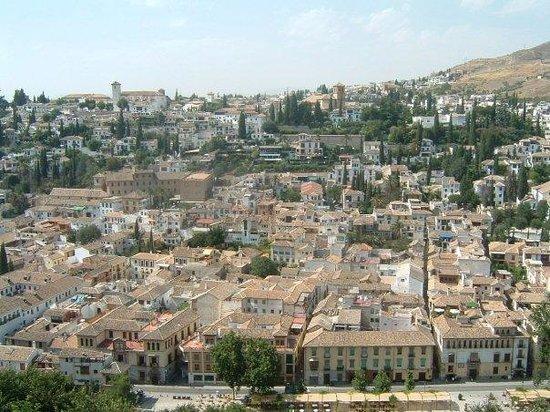 กรานาดา, สเปน: l'Albaicìn visto dall'Alhambra