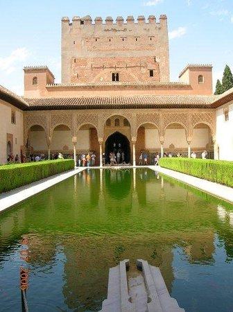 กรานาดา, สเปน: Alhambra - Patio de los mirtos