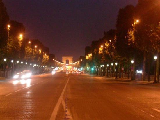 ประตูชัย: Parigi 2009: arco di trionfo