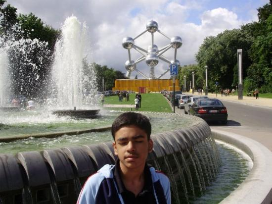 Atomium: Brussels
