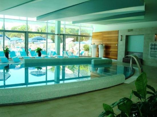 Bol, โครเอเชีย: The indoor pool