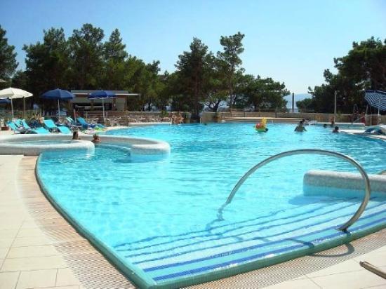 Bol, โครเอเชีย: The pool