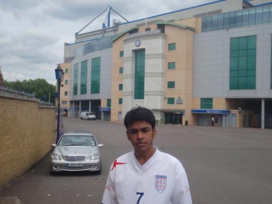 Chelsea FC Stadium Tour & Museum: Stamford Bridge fulham brodway London