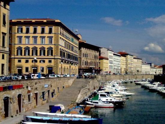 ลีวอร์โน, อิตาลี: More canals in Livorno