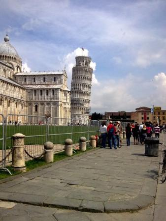 Leaning Tower of Pisa: Tower of Pisa