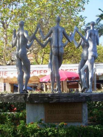 Banyuls-sur-mer, ฝรั่งเศส: Banyuls monument de Sardane