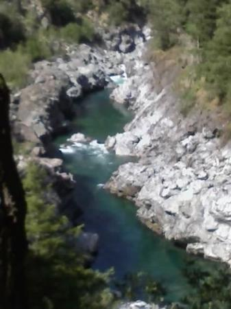 แกรนต์แพส, ออริกอน: Smith River