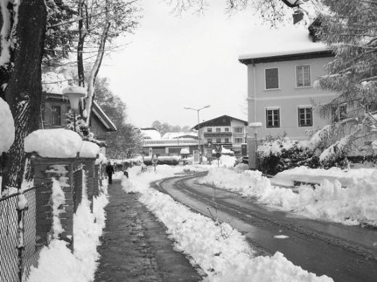 Schladming, ออสเตรีย: The streets of Schlad....first snow once again
