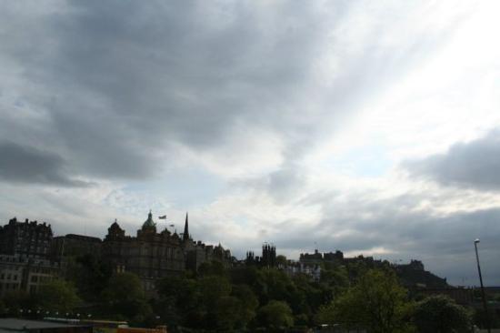ปราสาทเอดินเบิร์ก: Edinbourgh