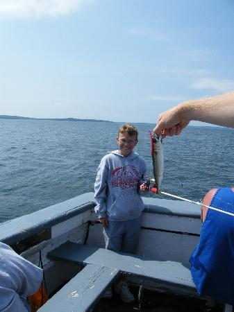 Downeast Windjammer Cruises Lines: biggest fish caught in 4 hrs