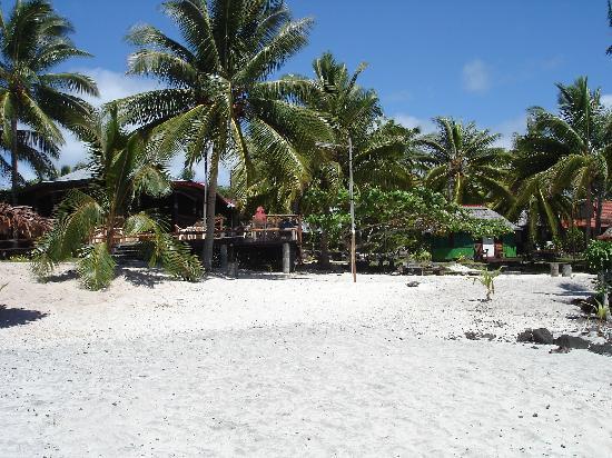 Va-i-Moana Seaside Lodge: The beach