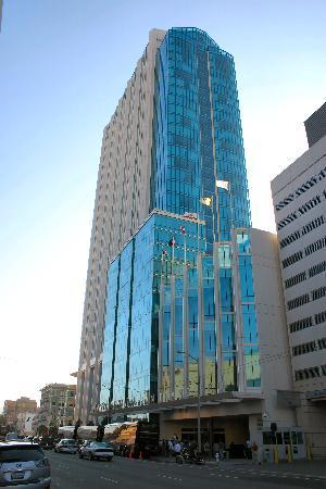 อินเตอร์คอนติเนนตัล ซานฟรานซิสโก: Front view of Intercontinental SFO