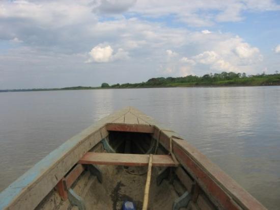 """อีกีโตส, เปรู: verso la nascita del fiume """"Amazzonia"""""""