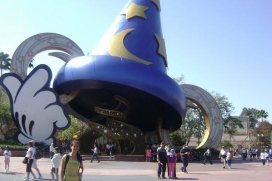 ดิสนียส์ ฮอลลิวูด สตูดิโอส์: Disney Hollywood Studios