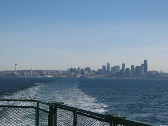 ซีแอตเทิล, วอชิงตัน: Glorious Seattle, on the way to Bremerton Island.