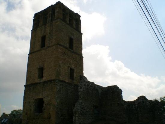 ปานามาซิตี, ปานามา: Panama Vieja - Las pocas ruinas que les quedan