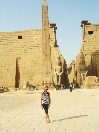 ลักซอร์, อียิปต์: KARNAK  OBELISK VAN HATSEPSOET 2009
