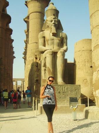 ลักซอร์, อียิปต์: TEMPEL VAN KARNAK RAMSES 4 2009