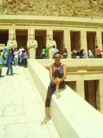 ลักซอร์, อียิปต์: TEMPEL VAN HATSJEPSOET 2009