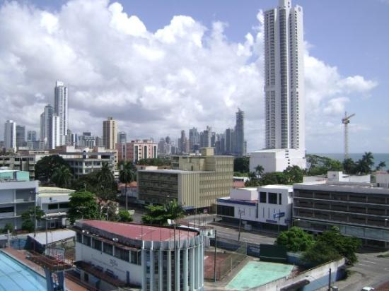 ปานามาซิตี, ปานามา: La vista de la ciudad de panama desde la terraza del hotel