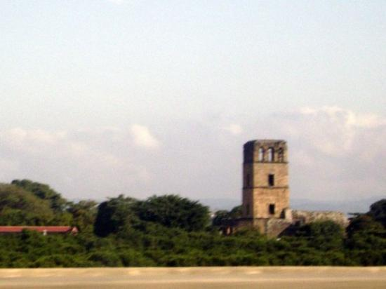 """ปานามาซิตี, ปานามา: """"Chocolatito"""" Asi le llaman los panameños al primer edificio construido en la ciudad de panamá,"""