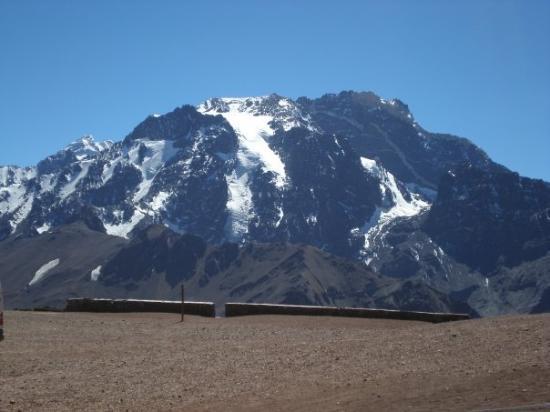 Parque Provincial Aconcagua: Cerro Aconcagua (fui hasta la cima y saque una foto de alla arriba, pero no pude subirla pq se m