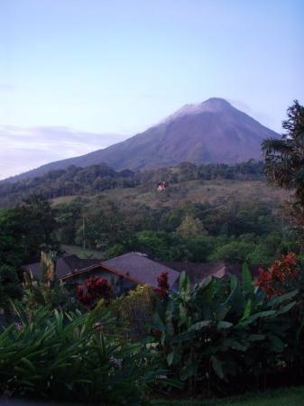 อุทยานแห่งชาติ Arenal Volcano National Park, คอสตาริกา: Sunrise @ Volcan Arenal / Arenal, Costa Rica