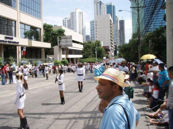ปานามาซิตี, ปานามา: Independence Day parade in Panama City