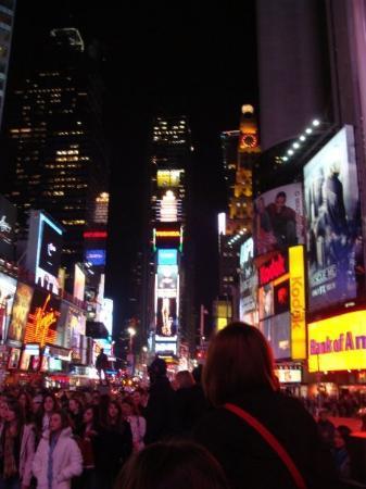 จตุรัสไทม์ส: Time Square is so beautiful :)