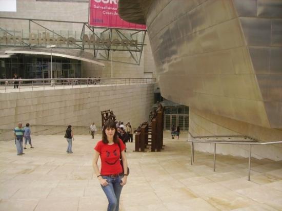 พิพิธภัณฑ์กุกเกนไฮม์ บิลเบา: El Guggenheim