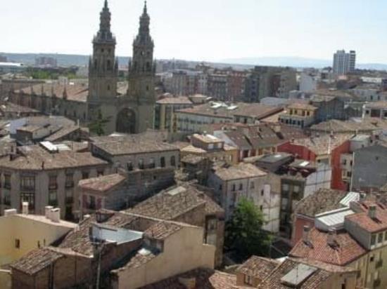 """โลโกรโญ, สเปน: Torres de la catedral """"La Redonda"""""""