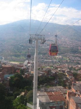 Ahora en Medellin! En el metro cable