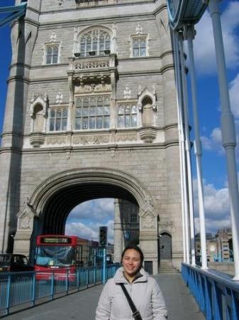 ทาวเวอร์ออฟลอนดอน: London's Bridge