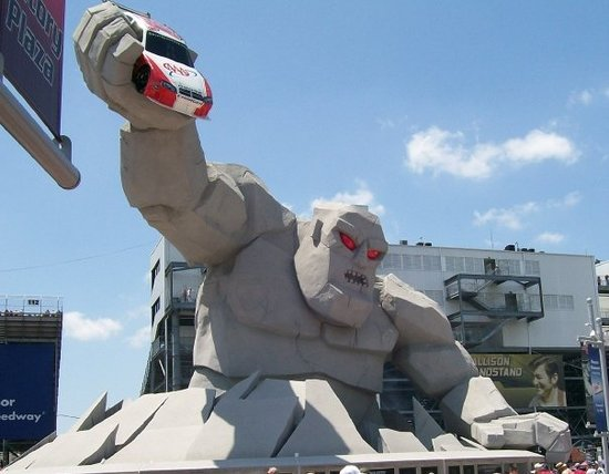 Дувр, Делавер: The Monster of the Monster Mile at Dover Speedway