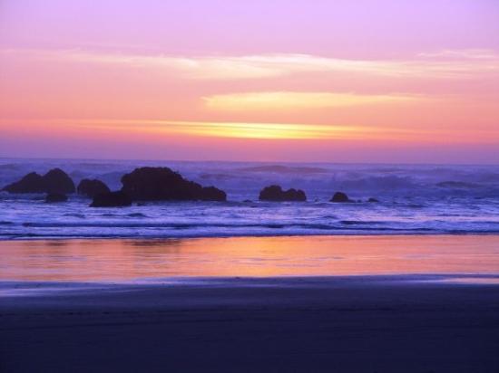 พอร์ตแลนด์, ออริกอน: Cannon Beach, OR