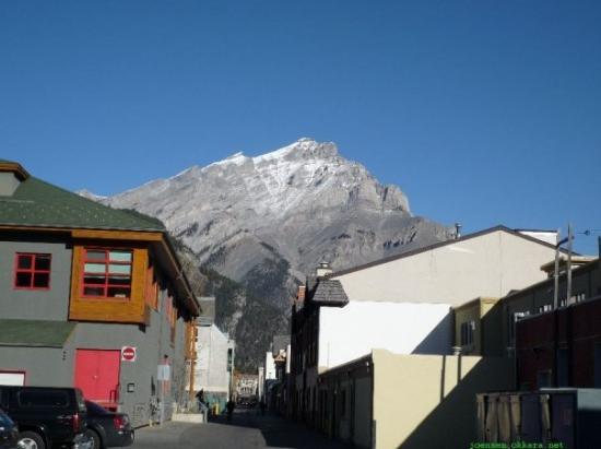 แบมฟ์, แคนาดา: Inni í Rocky Mountains. Hetta er í býnum Banff.