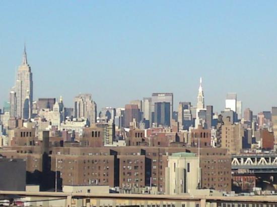 สะพานบรู๊คลิน: Brooklyn Bridge - Thursday December 25th